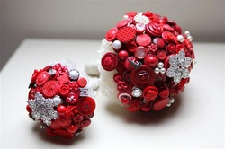 beaubuttons bridal button bouquet red